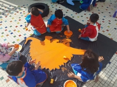GEMS Etkinliğinde Dinozorları Boyadık!